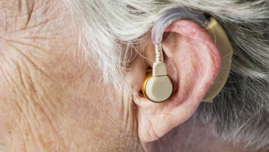 La perte de l'audition : causes, conséquences et traitements