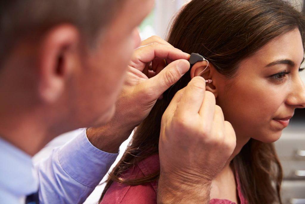Consultation chez un spécialiste de l'audition