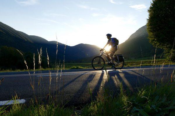 faire du vélo électrique en montagne