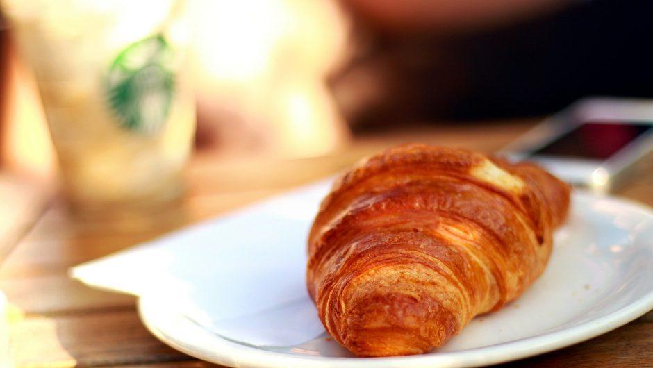 Combien de calories dans un croissant au beurre ?